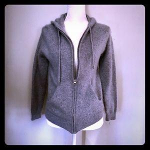 Sweaters - Vintage Isaac Mizrahi Gray Sweater Hoodie